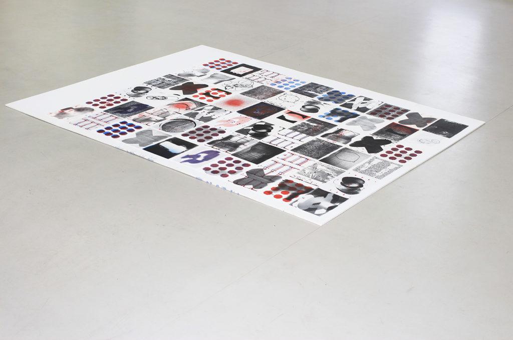 《体内》60件,每件21x29cm,单色印刷独版,2017 2